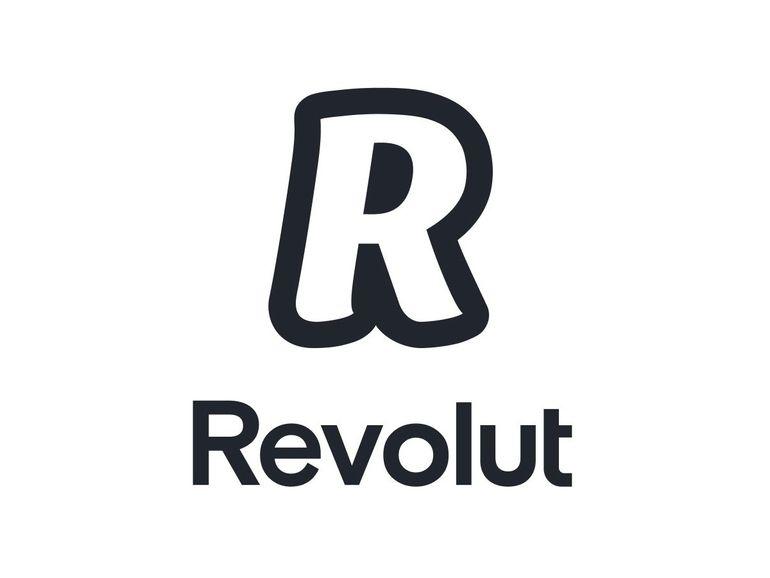 Revolut Plus : un nouveau compte payant avec assurance et Mastercard