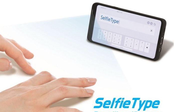 CES 2020 : avec SelfieType, Samsung imagine un clavier virtuel invisible
