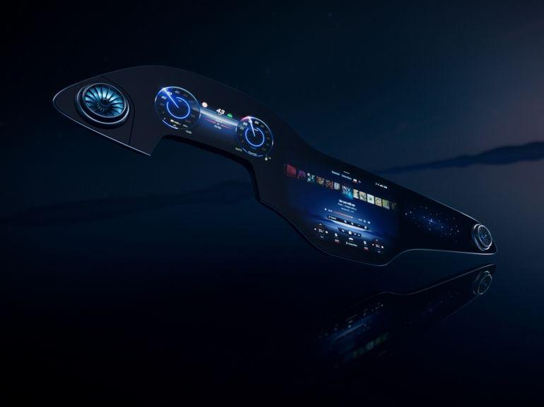 CES 2021 : Mercedes dévoile l'écran géant de 55 pouces pour sa berline électrique EQS