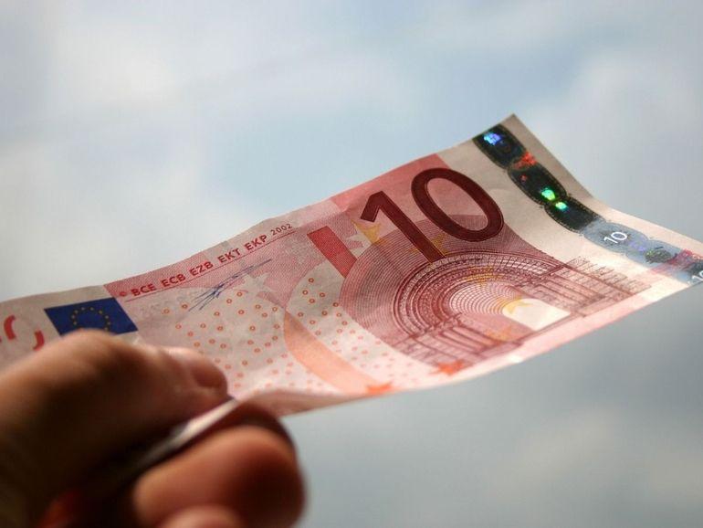 RED SFR, B&You ou Cdiscount Mobile : le match des forfaits 100 Go à partir de 10€