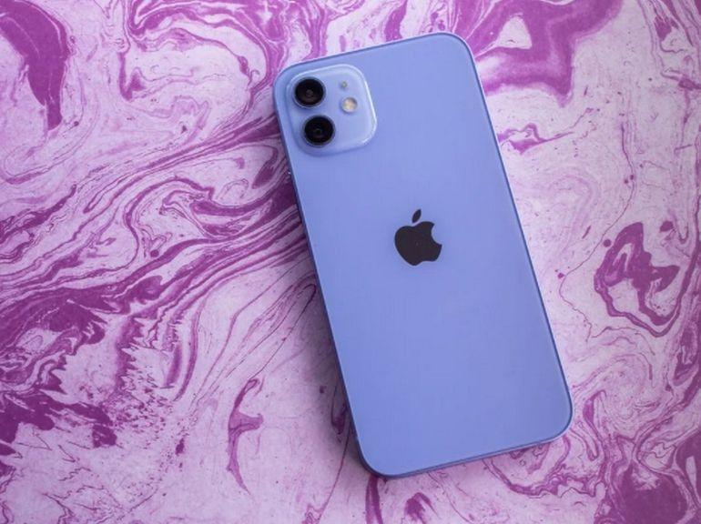 Apple : les ventes d'iPhone bondissent de 50% malgré la pénurie de puces avant le lancement de l'iPhone 13