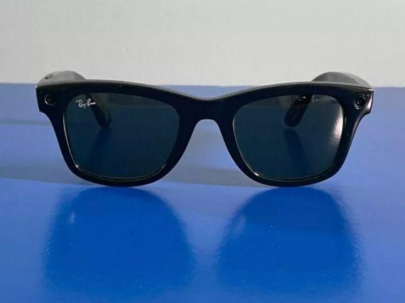 Facebook et Ray-Ban lancent des lunettes connectées, pour quoi faire ?