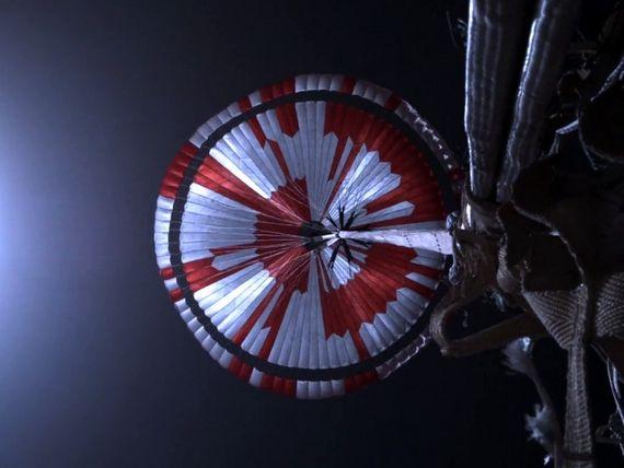 Perseverance : le message caché dans le parachute du rover de la Nasa décodé par un étudiant Français
