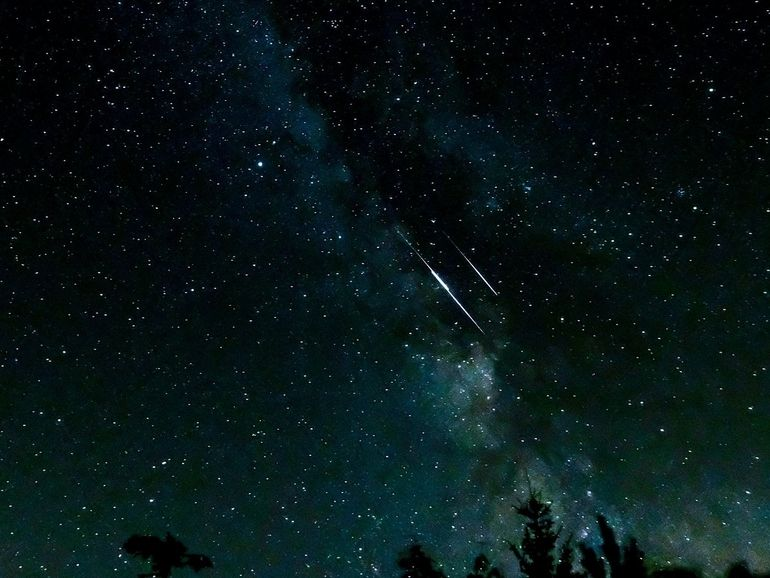 Perséides 2021 : découvrez de superbes images de pluies d'étoiles filantes