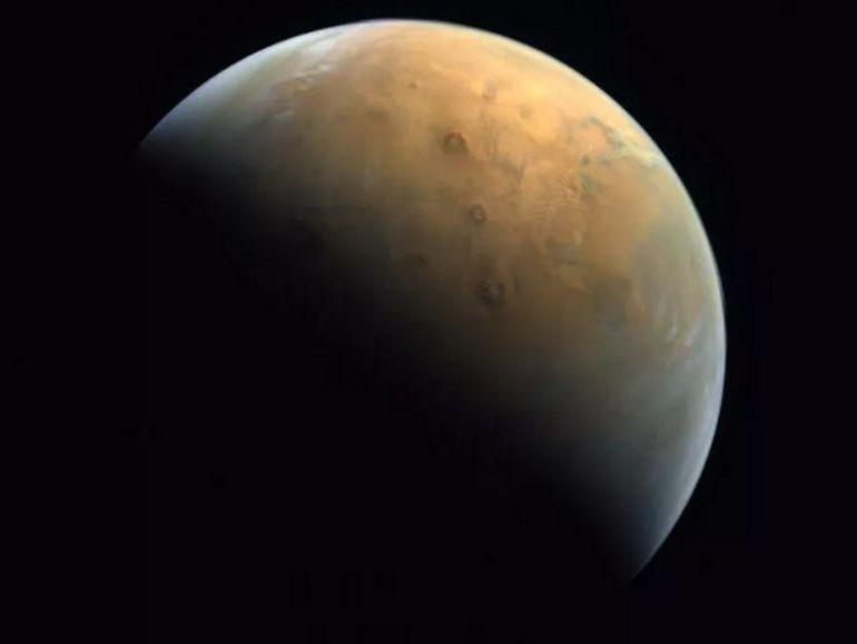 La sonde Hope des Emirats arabes unis envoie sa première photo de Mars
