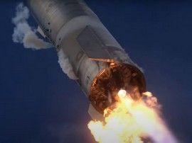 Le Starship SN10 de SpaceX décolle, se pose... puis explose