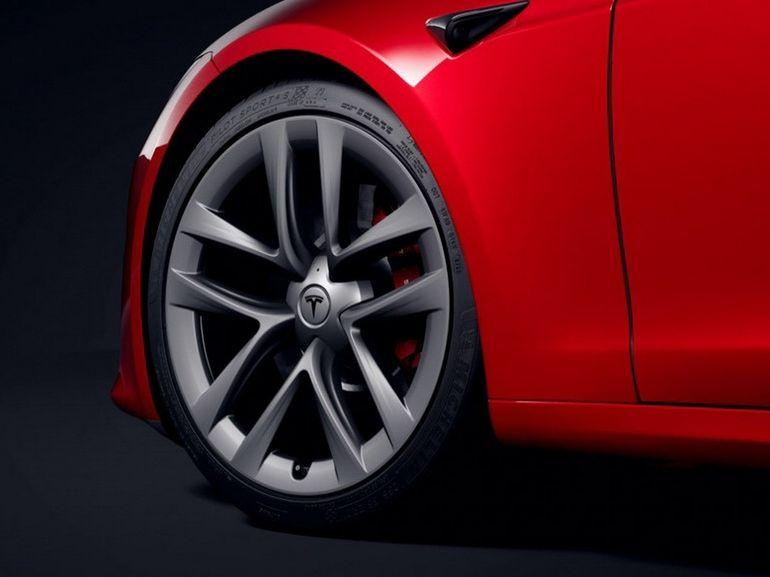 Tesla bat de nouveaux records de livraisons et de profits