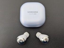 Galaxy Buds 2 : de nouveaux écouteurs sans fil seraient en préparation chez Samsung