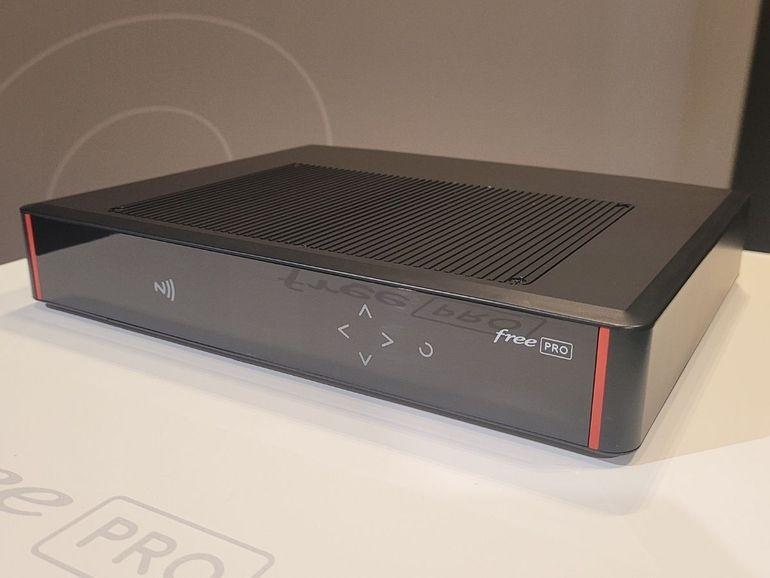 Prise en main de la Freebox Pro : une box fibre au positionnement agressif et facile à piloter