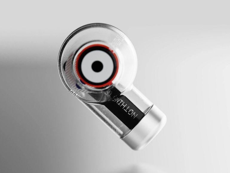 Nothing dévoile un concept d'écouteurs sans fil transparents
