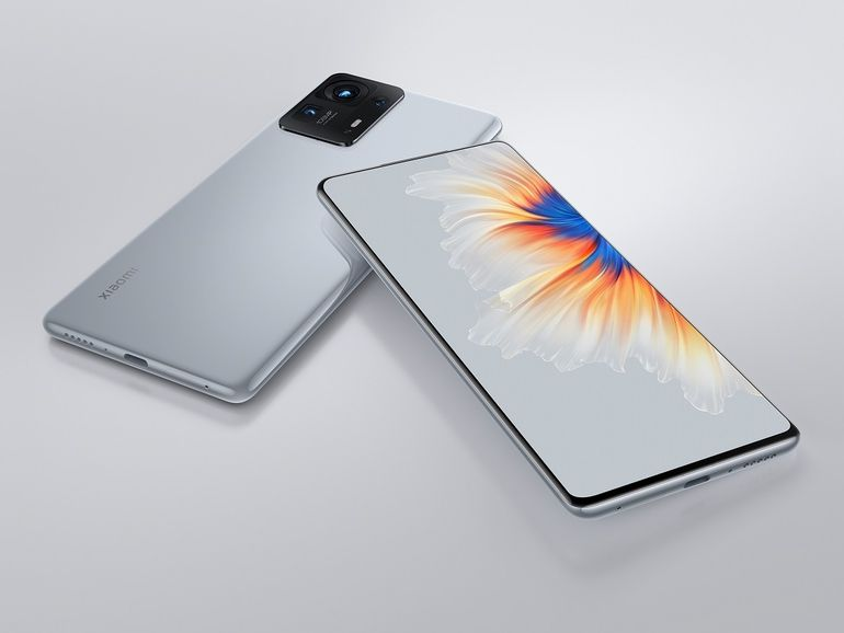 Xiaomi présente le Mix 4, son nouveau smartphone avec une caméra sous l'écran