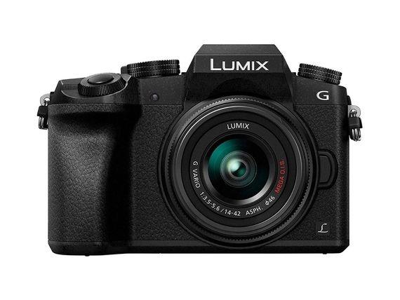 Le Panasonic Lumix G7 avec un zoom 14-42 mm est à 499€ sur Amazon