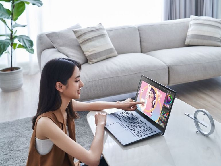 Asus renouvelle sa gamme ZenBook et passe à l'OLED 4K