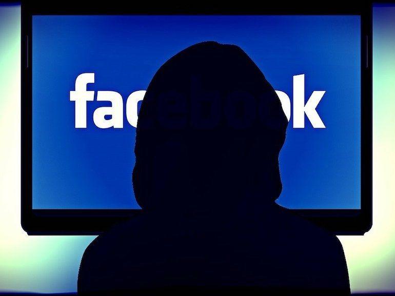 Votre enfant est-il victime de cyber harcèlement ? Les signes qui ne trompent pas
