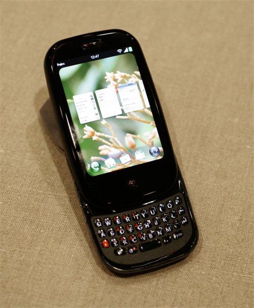 Le Palm Pré équipé du nouveau système d'exploitation WebOS.