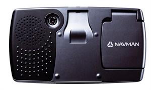L'appareil photo numérique est logé au dos du GPS iCN 750