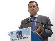 Neutralité : Besson favorable au financement des réseaux et de la création par Google et Facebook