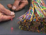 Comment répare-t-on une fibre optique ? Ce reportage photo vous le montre