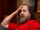 """Richard Stallman : """"il faut éliminer Facebook qui entrave les libertés"""""""