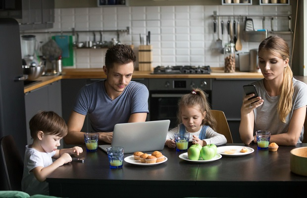 Numérique : 67 % des Français ne s'imaginent pas vivre sans Internet
