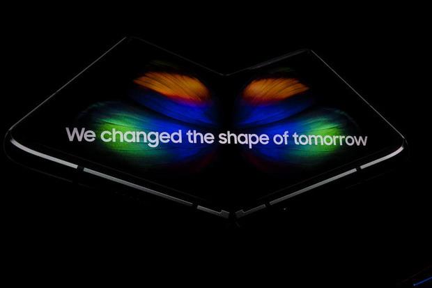 Samsung propose un service client dédié au Galaxy Fold