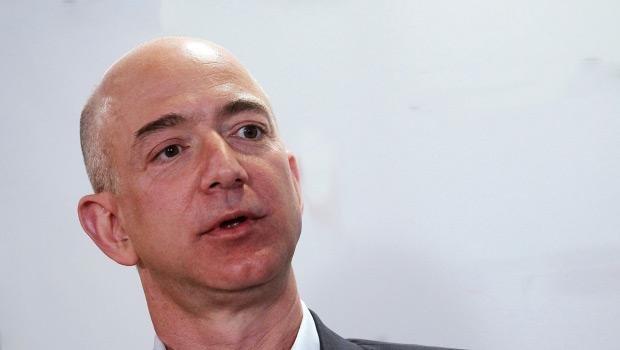 Jeff Bezos a vendu pour 1,8 milliard de dollars d�actions Amazon en trois jours