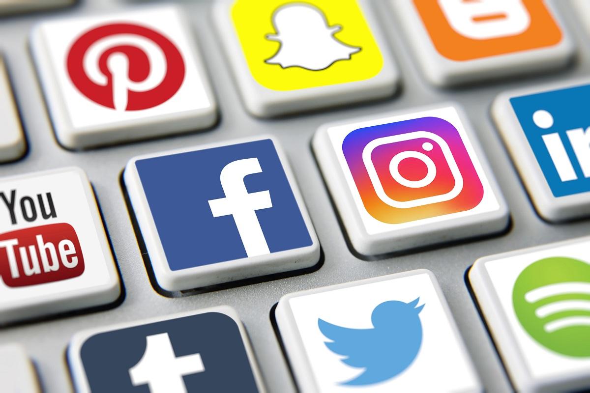 Des élus américains remettent en cause le rachat d'Instagram par Facebook