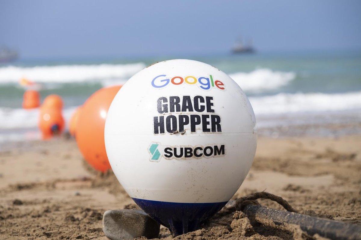 Fibre optique: Google fait atterrir un nouveau câble sous-marin en Europe