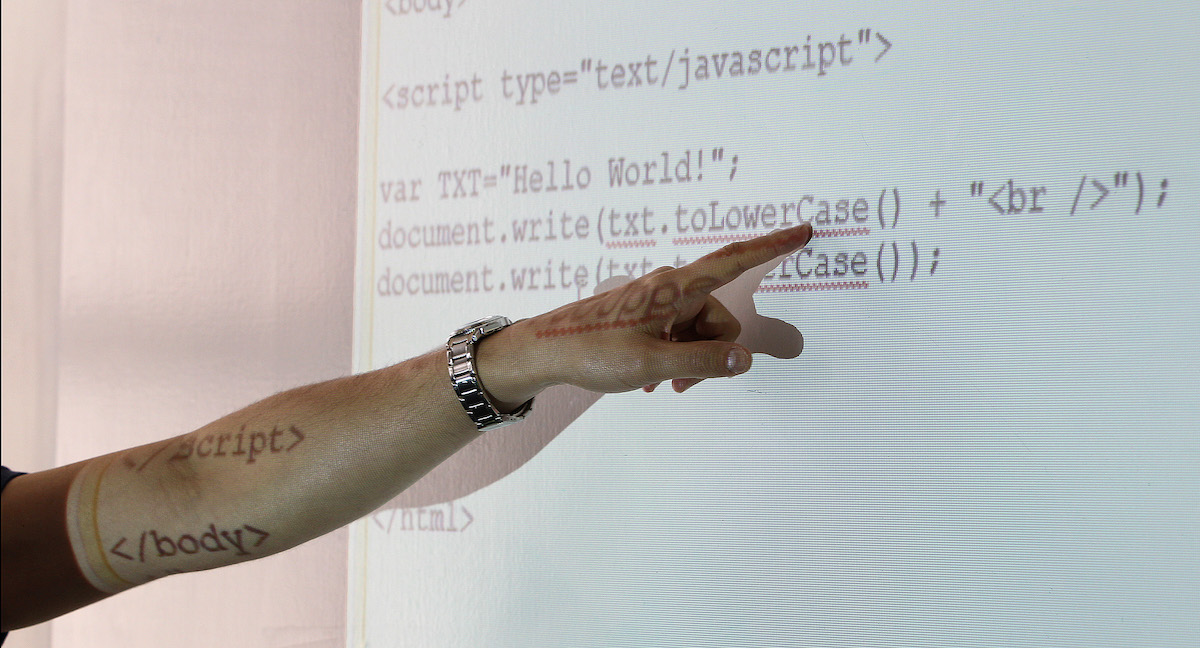 Programmation : JavaScript toujours au top malgré la menace de Python et Java