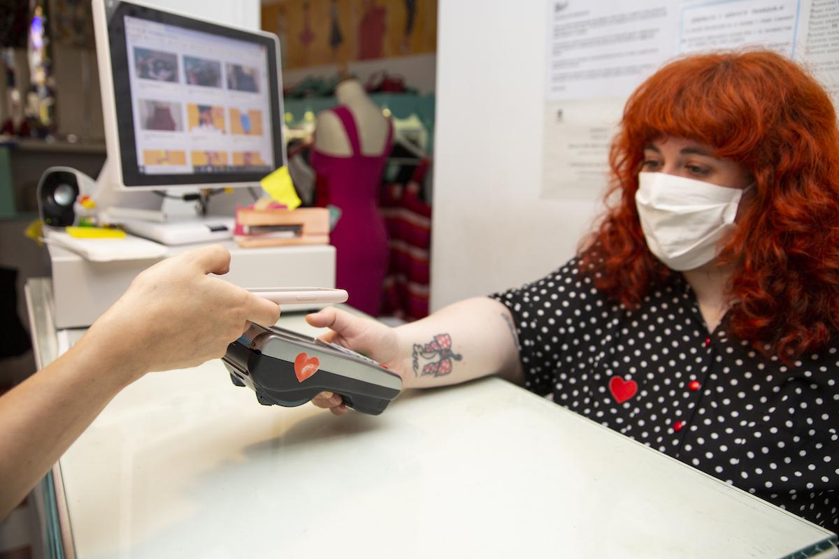 Les paiements mobiles explosent en2020 dans le sillage de la crise sanitaire
