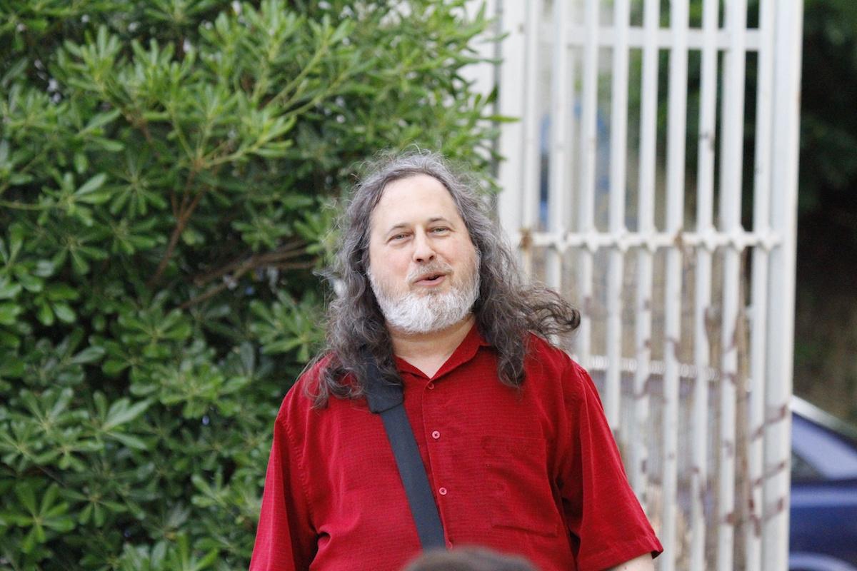 Le pionnier du logiciel libre Richard M. Stallman revient à la Free Software Foundation
