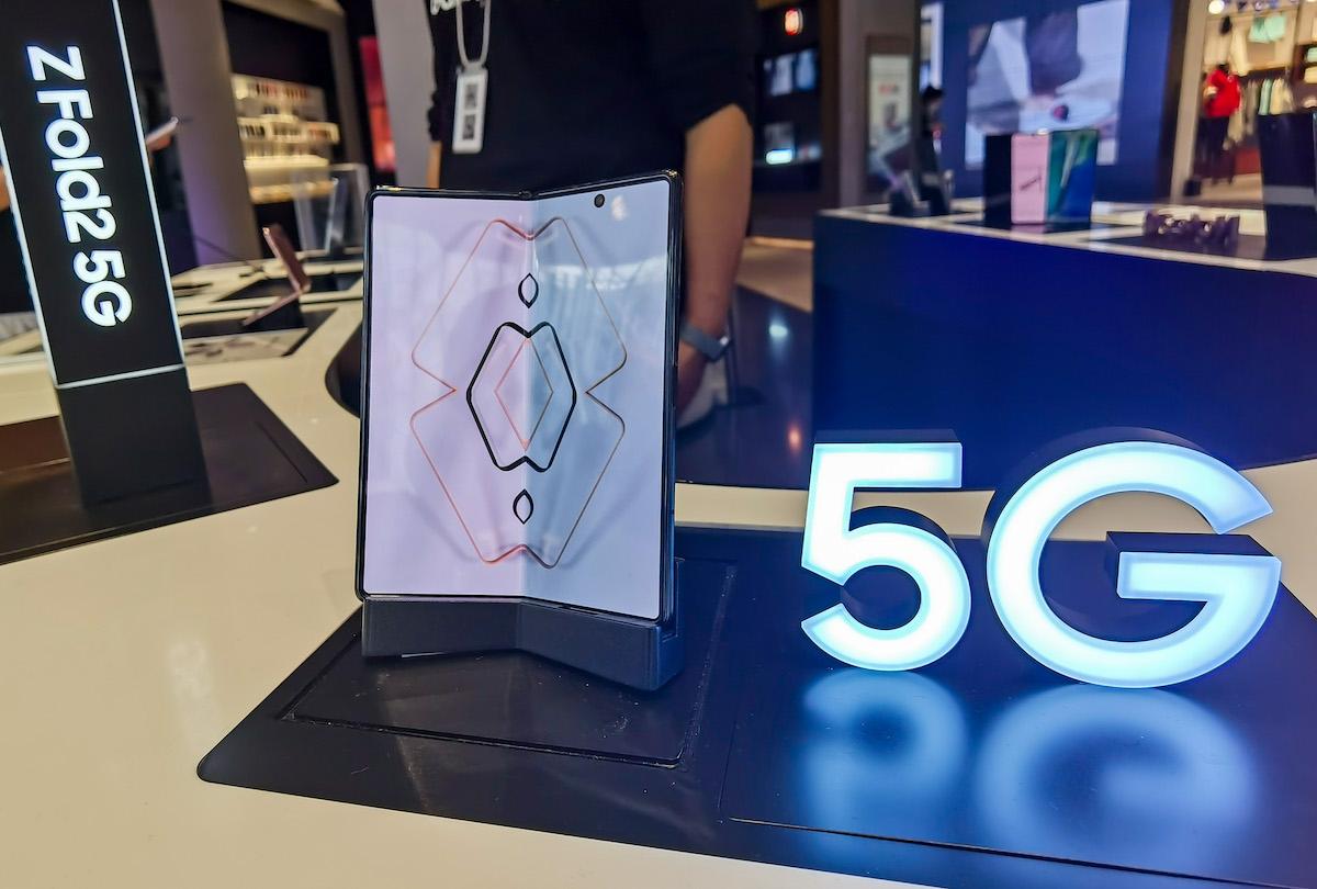 Les meilleurs smartphones pliables en 2021: Samsung fait la course en tête