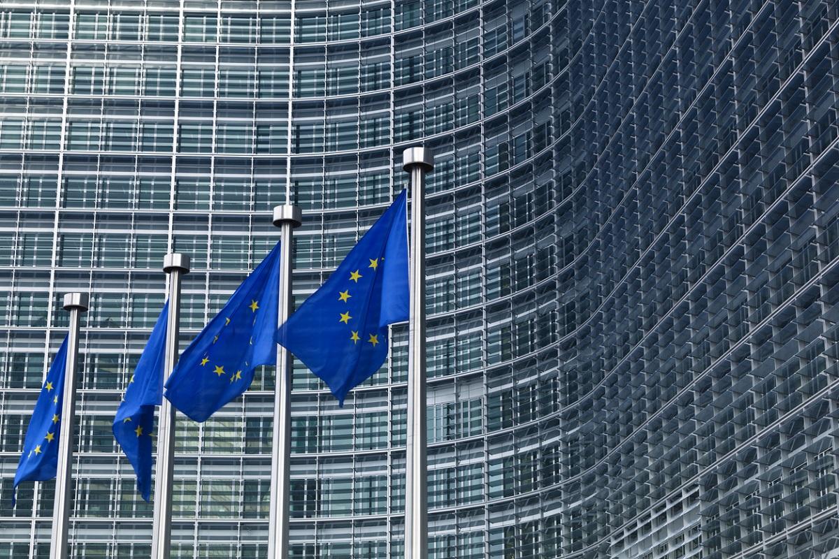 Bruxelles lance une enquête sur la conformité au RGPD des services d'Azure et AWS