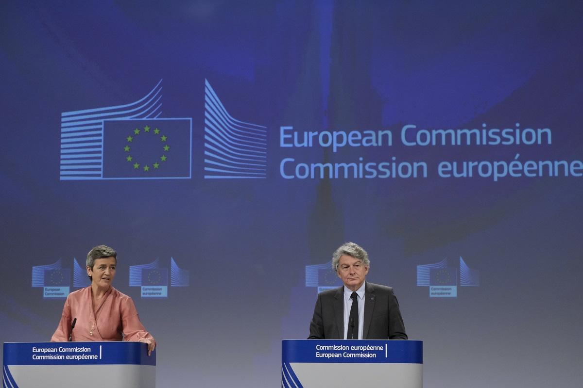 Bruxelles veut prolonger de 10ans la suppression du roaming et tend la main aux opérateurs