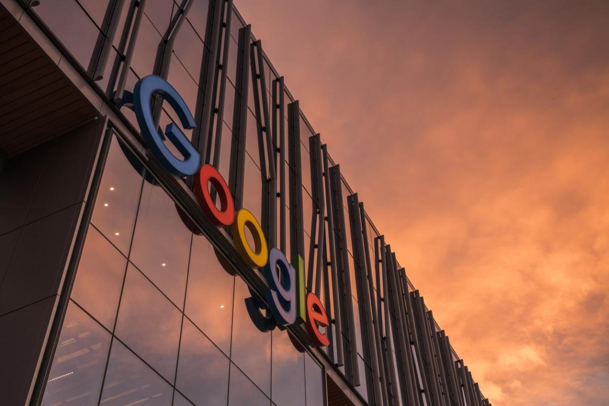 """Google tue les """"Hangouts"""" et pousse les utilisateurs vers le Chat"""