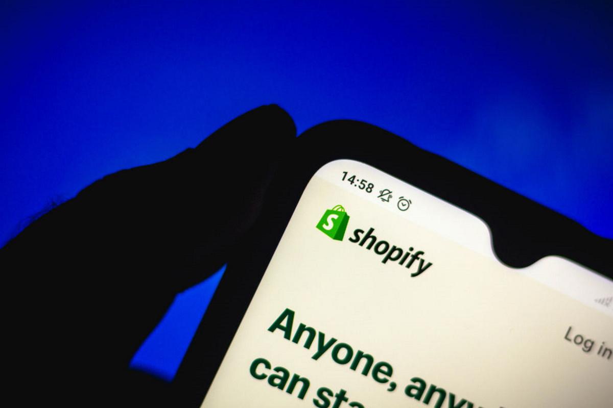 Shopify investira dans ses services en 2021 et vise une expansion internationale