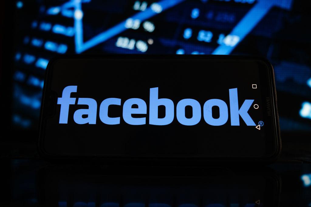Facebook: Les modérateurs réduits au silence par des accords de confidentialité
