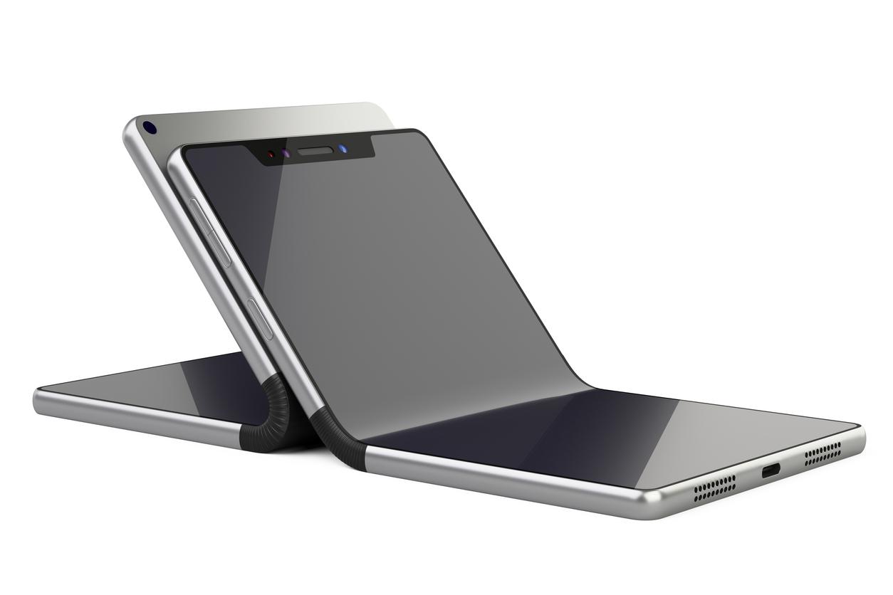 iPhone: Apple travaillerait sur des prototypes d'écrans pliables