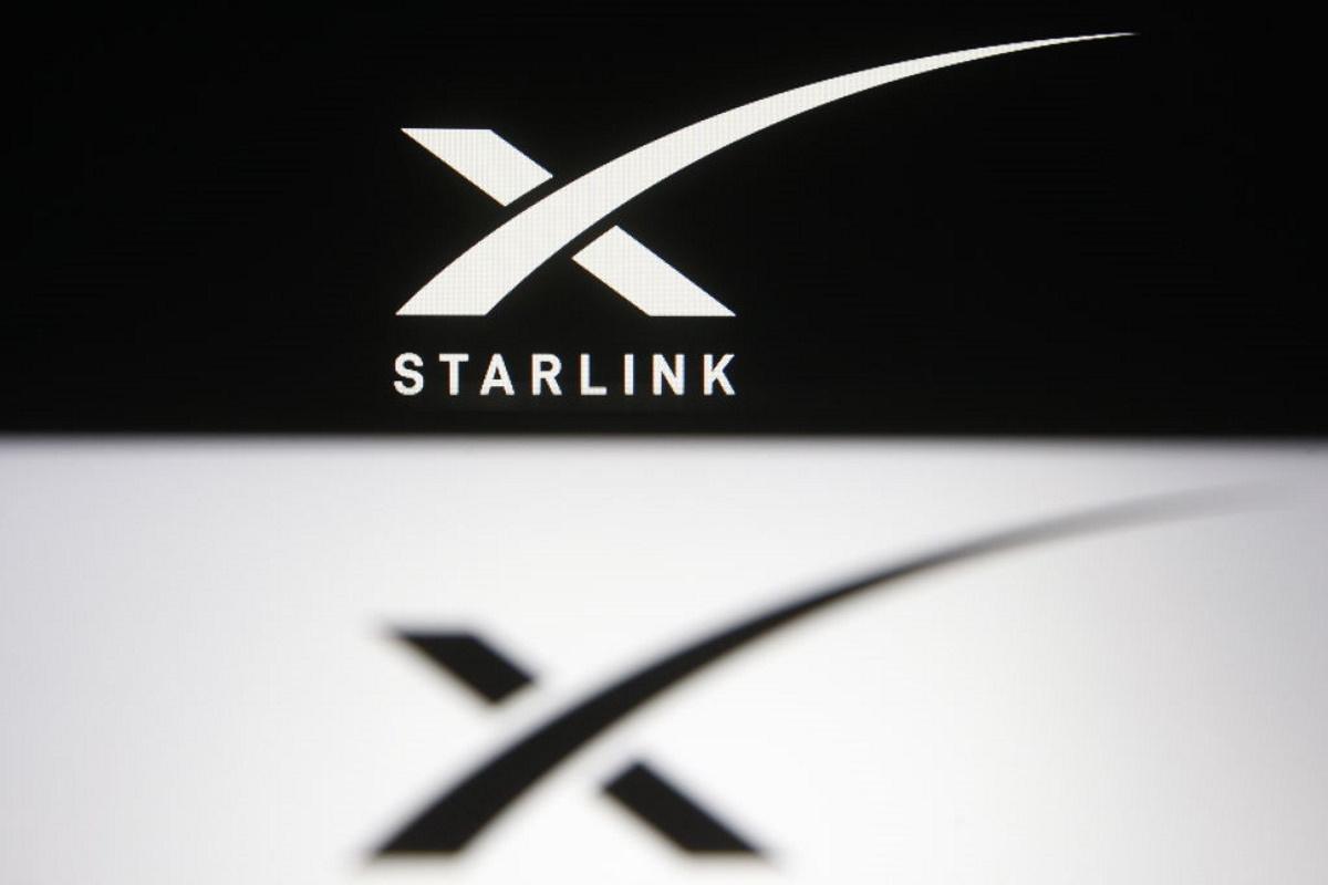 SpaceX: Et si Starlink reliait les trains, les avions et les camions?
