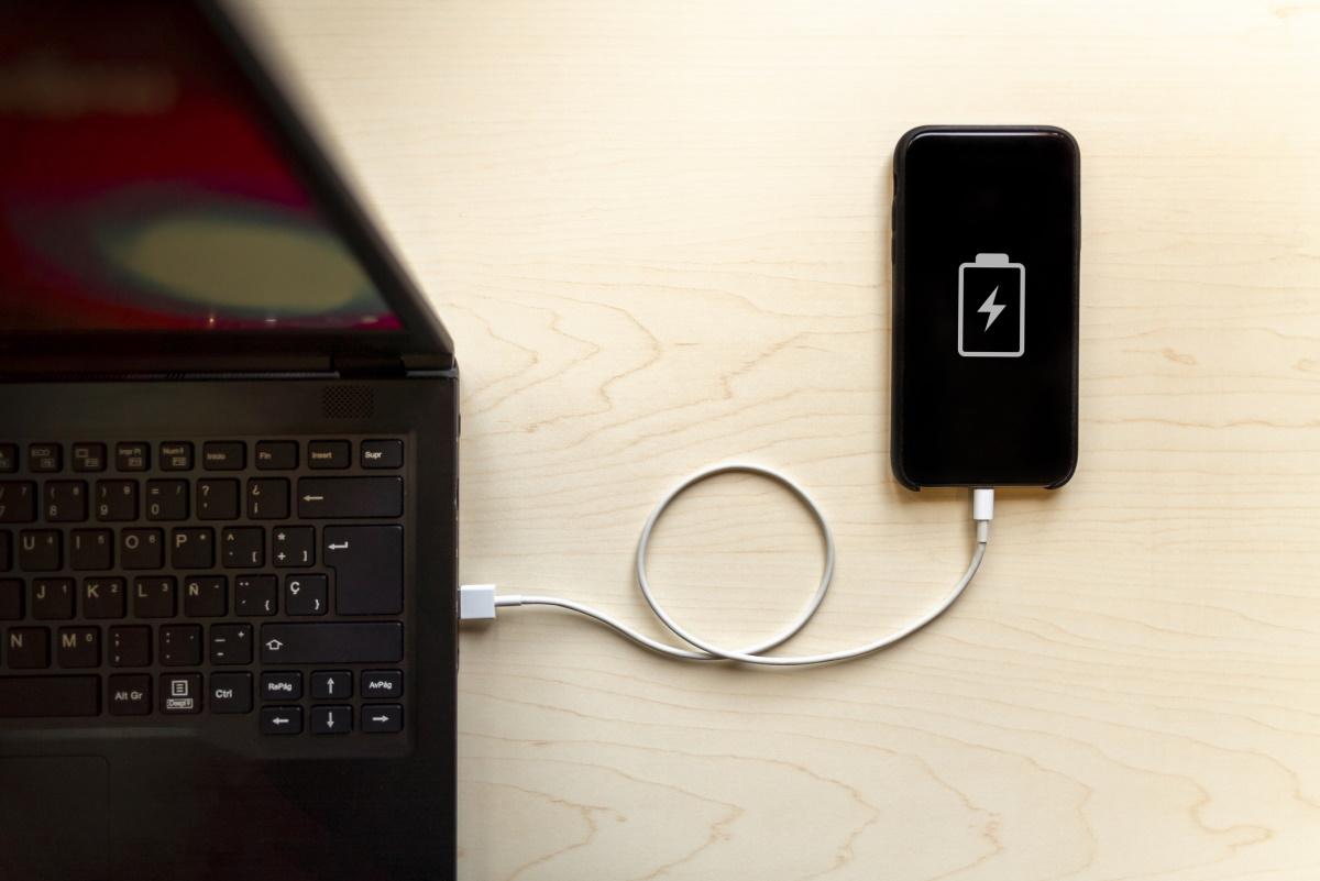 """iOS14.5: Le """"réétalonnage de la batterie"""" sera-t-il le remède ultime aux problèmes de batterie? Probablement pas"""