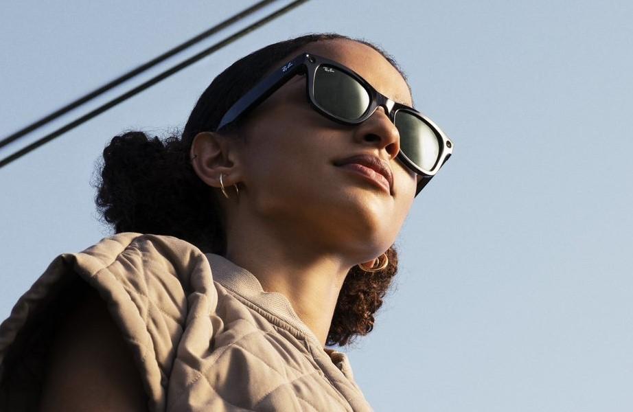 Facebook a déjà certains de vos souvenirs en mémoire, ses lunettes connectées en captureront encore plus
