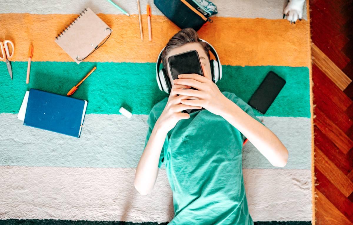 Peut-on prévenir le suicide chez les jeunes en analysant leur comportement en ligne?
