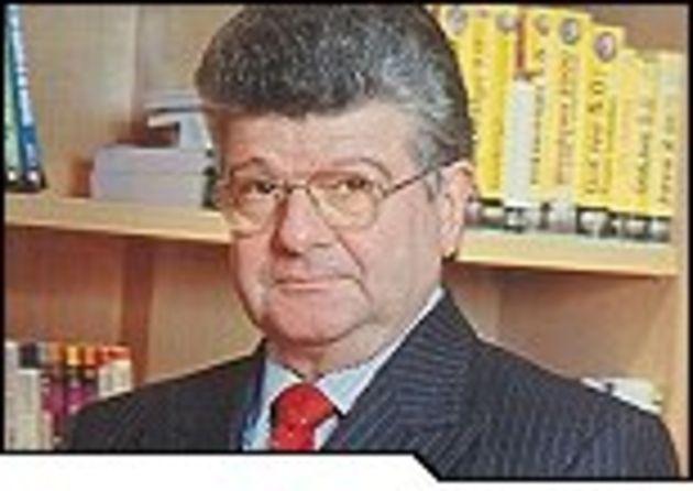 Serge Eyrolles, syndicat national de l'édition: «Quel modèle économique pour la bibliothèque en ligne européenne?»