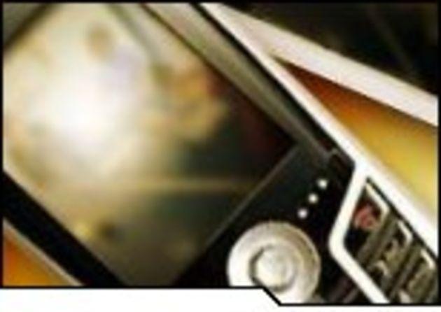 CeBIT 2006 - Viviane Redding plaide pour le développement de la TV sur mobiles