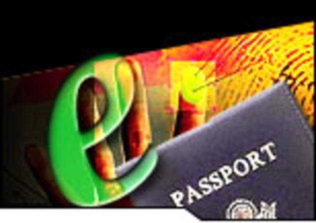 Livraison des premiers passeports électroniques