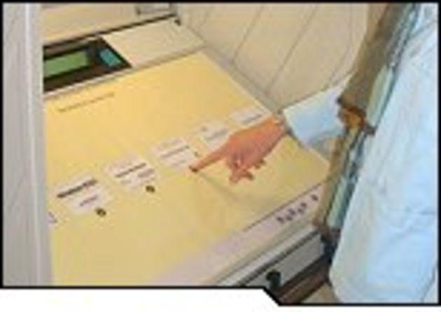 Le vote électronique passe difficilement le premier tour