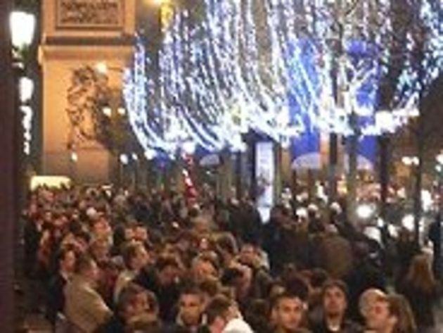Le lancement de l'iPhone sur les Champs-Élysées