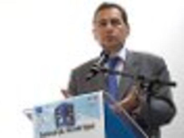 Éric Besson, secrétaire d'État à l'Économie numérique : « Il ne faut laisser personne à l'écart de la révolution numérique »