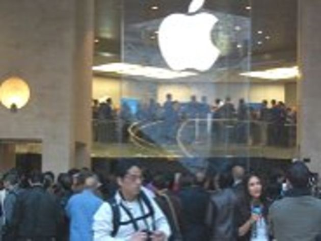 iPad : les images du lancement à l'Apple Store de Paris