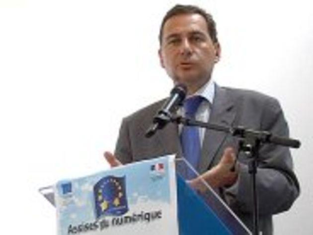 Numérique : Eric Besson annonce des financements pour développer les usages